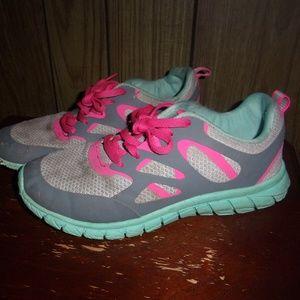 Girls Running Tennis Shoes Gray & Pink size 4